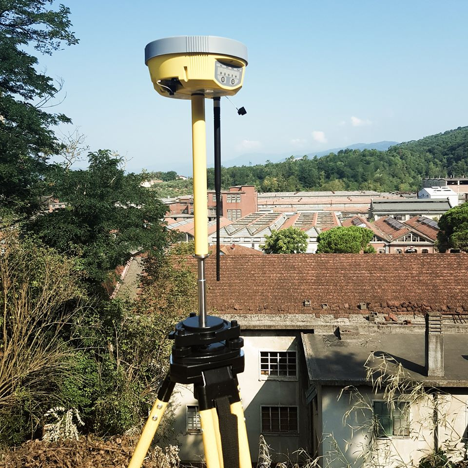 Geomax Zenith 20 as a base
